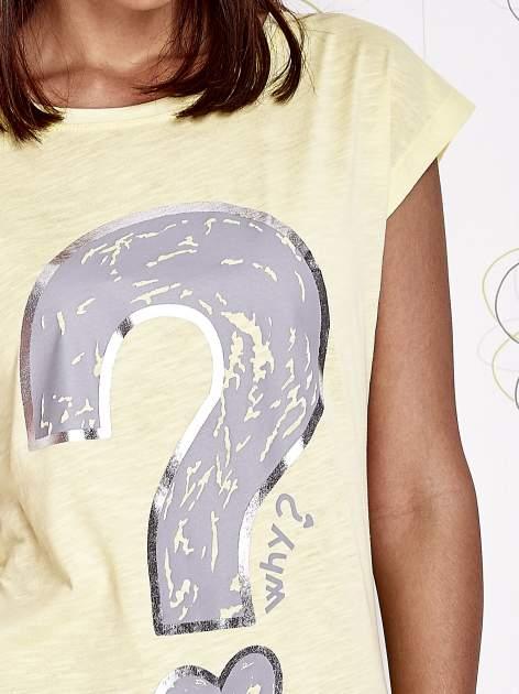 Żółty t-shirt z nadrukiem znaku zapytania                                  zdj.                                  5