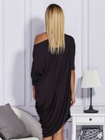 Asymetryczna sukienka w kratkę czarna                                  zdj.                                  2