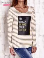 Beżowa bluzka w paski z napisem
