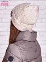 Beżowa czapka z aplikacją z kryształków                                                                          zdj.                                                                         2