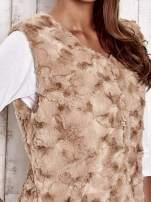 Beżowa futrzana kamizelka z kieszeniami
