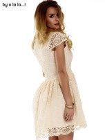 Beżowa koronkowa sukienka z siateczkową wstawką BY O LA LA                                  zdj.                                  5