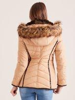 Beżowa kurtka zimowa z futrzanym kapturem i kołnierzem                                  zdj.                                  4
