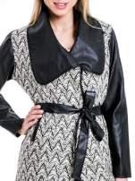Beżowo-czarny wzorzysty wełniany płaszcz ze skórzanymi rękawami                                  zdj.                                  5