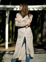Biały ażurowany sweter z kieszeniami                                                                          zdj.                                                                         1