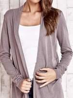 Beżowy długi sweter z otwartym dekoltem