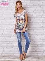 Beżowy t-shirt z nadrukiem tygrysa                                  zdj.                                  4
