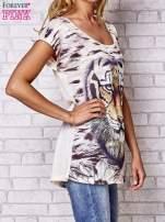 Beżowy t-shirt z nadrukiem tygrysa                                                                          zdj.                                                                         3