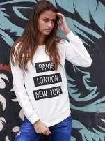 Biała bluza z napisem PARIS LONDON NEW YORK                                  zdj.                                  1
