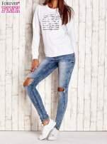 Biała bluza z tekstowym nadrukiem                                                                          zdj.                                                                         2