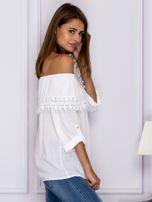 Biała bluzka hiszpanka z koronkową lamówką                                  zdj.                                  3