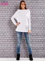 Biała bluzka z koralikową aplikacją                                  zdj.                                  2