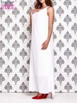 Biała sukienka maxi z wiązaniem przy dekolcie                                                                          zdj.                                                                         3