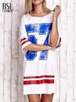 Biała sukienka w baseballowym stylu                                  zdj.                                  1