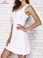 Biała trapezowa sukienka sportowa                                   zdj.                                  3