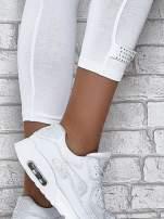 Białe legginsy sportowe z patką z dżetów na dole                                  zdj.                                  4