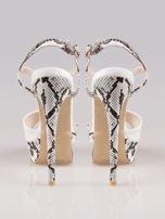 Białe wężowe sandały na szpilce zapinane na kostce                                                                          zdj.                                                                         3