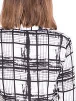 Biało-czarna koszula w kratę wiązana na dole                                  zdj.                                  8