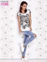 Biało-czarny t-shirt z zwierzęcymi motywami                                  zdj.                                  4