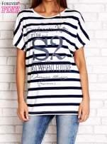 Biało-granatowy t-shirt w paski z napisem DAYDREAM NATION                                  zdj.                                  1