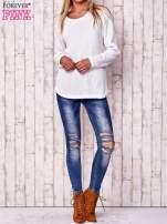 Biały dzianinowy sweter                                   zdj.                                  2