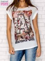 Biały siateczkowy t-shirt z literą A z dżetami                                  zdj.                                  1