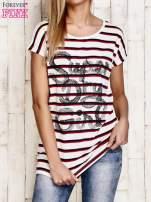 Biały t-shirt w czerwone paski z napisem SUPER DRY GIRL                                  zdj.                                  1