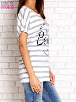 Biały t-shirt w szare paski z napisem NORTH CHAPEL STREET                                  zdj.                                  3