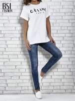 Biały t-shirt z modowym napisem CÉLINE PARIS                                  zdj.                                  2