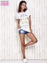 Biały t-shirt z napisem DREAM BIG