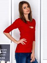 Bluzka czerwona z wycięciem na dekolcie                                  zdj.                                  5