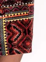 Bordowa sukienka midi w patchworkowy wzór ze skórzaną wstawką                                  zdj.                                  6