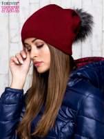 Bordowa wełniana czapka z futrzanym pomponem                                   zdj.                                  2