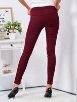 Bordowe dopasowane spodnie high waist                                  zdj.                                  2