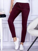 Bordowe spodnie z kieszeniami                                   zdj.                                  1