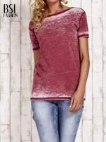 Bordowy t-shirt efekt acid wash                                                                          zdj.                                                                         1