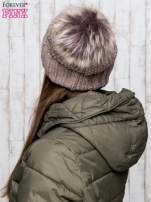 Brązowa czapka ze srebrną nitką i futrzanym pomponem                                                                          zdj.                                                                         3