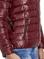 Brązowa puchowa kurtka z błyszczącego materiału z kapturem                                                                          zdj.                                                                         6