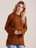 Brązowy luźny sweter ze sznurowaniem i szerokimi rękawami                                  zdj.                                  1
