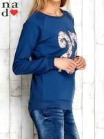 Ciemnoniebieska bluza z cyfrą 27                                  zdj.                                  3