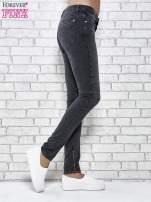 Ciemnoniebieskie skinny jeans z przeszyciami i suwakami                                  zdj.                                  2