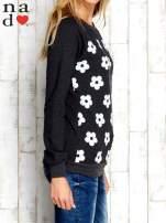 Ciemnoszara bluza z nadrukiem kwiatów