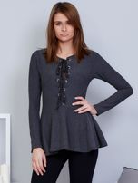 Ciemnoszara bluzka lace up z baskinką                                  zdj.                                  1