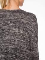 Ciemnoszary melanżowy sweter z rękawami 3/4                                  zdj.                                  8