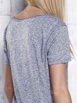Ciemnoszary melanżowy t-shirt z okrągłym dekoltem                                  zdj.                                  7
