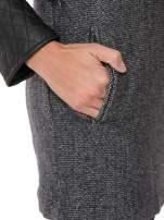 Ciemnoszary płaszcz ze skórzanymi pikowanymi rękawami                                  zdj.                                  8