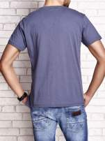 Ciemnoszary t-shirt męski z marynarskim motywem i napisem SAILING                                                                          zdj.                                                                         5