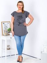 Ciemnoszary t-shirt z motywem roślinnym PLUS SIZE                                  zdj.                                  4