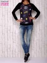 Czarna bluza z komiksowymi motywami                                                                          zdj.                                                                         2