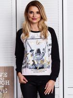 Czarna bluza z motywem dziewczyny                                  zdj.                                  1